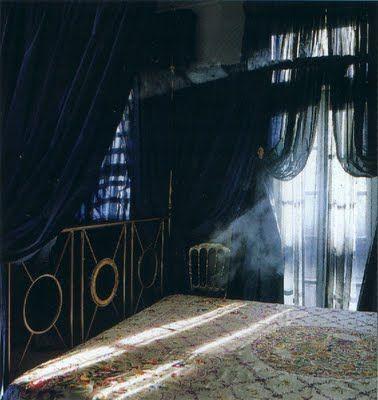 Gothic bedroom nuanced-gothic bedroom nuanced