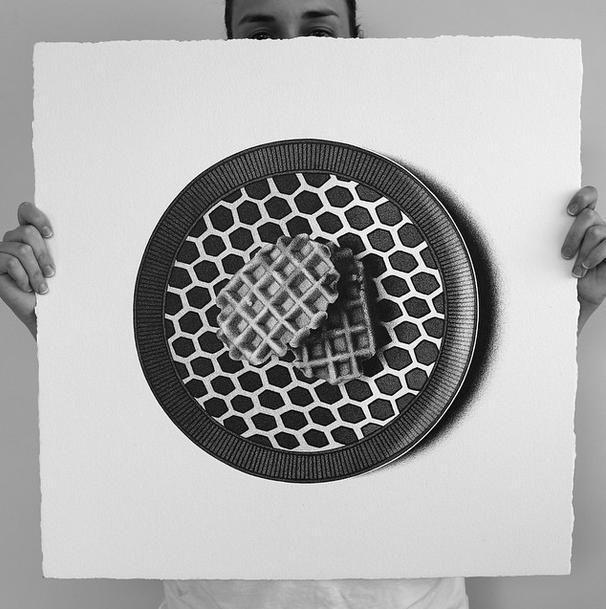 Sembrano fotografie, in realtà sono disegni. Ecco la food art di CJ Hendry realizzata con una biro e un foglio (FOTO)