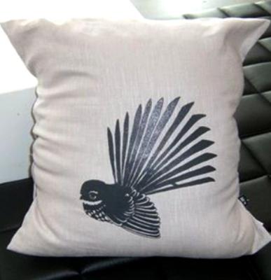 Fantail pillow