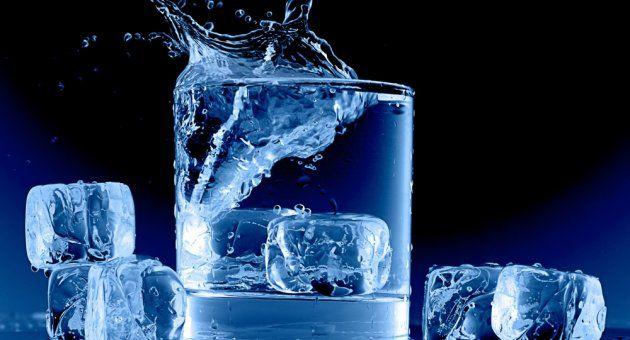 Adıyaman Ağız ve Diş Sağlığı Merkezi Başhekimi Burhanettin Kömüroğlu, soğuk içecek ve yiyeceklerin ağız kokusunu arttırdığını belirtti.