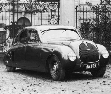 Prototype Skoda de 1937 à moteur arrière, équipé d'une mécanique Superb.