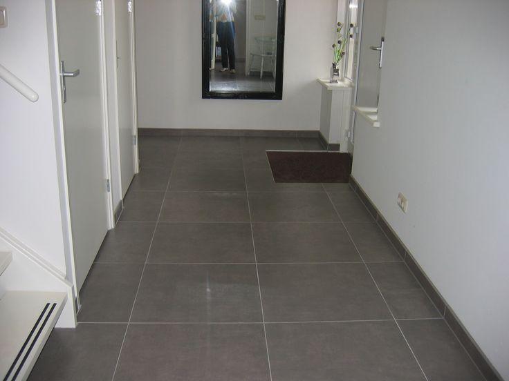 25 beste idee n over grijze gang op pinterest gangen hal verf en hal verfkleuren - Donkere gang decoratie ...