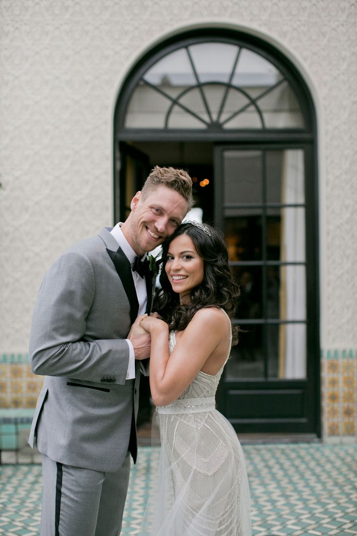 Alexis Cozombolidis and Hunter Pence  Photography: Mel Barlow & Co. Read More: http://www.insideweddings.com/weddings/alexis-cozombolidis-and-hunter-pence/1047/