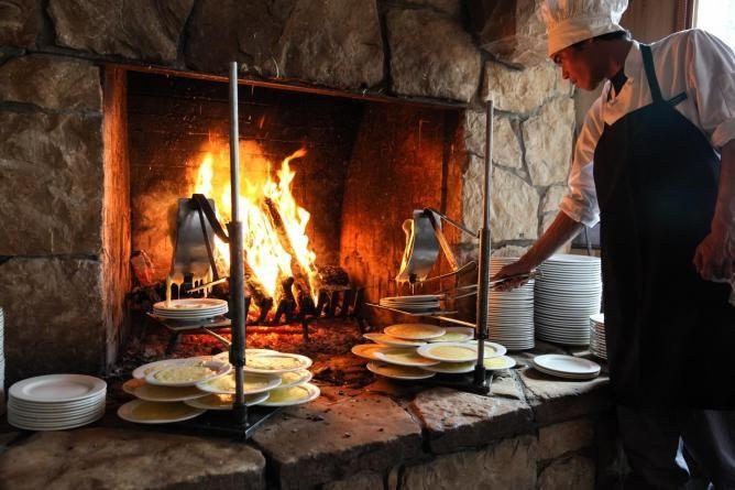 Eating Out in Park City, Utah: Top 10 Local Restaurants. Deer Valley Resort Ski Vacation Restaurants in Park City, Utah.