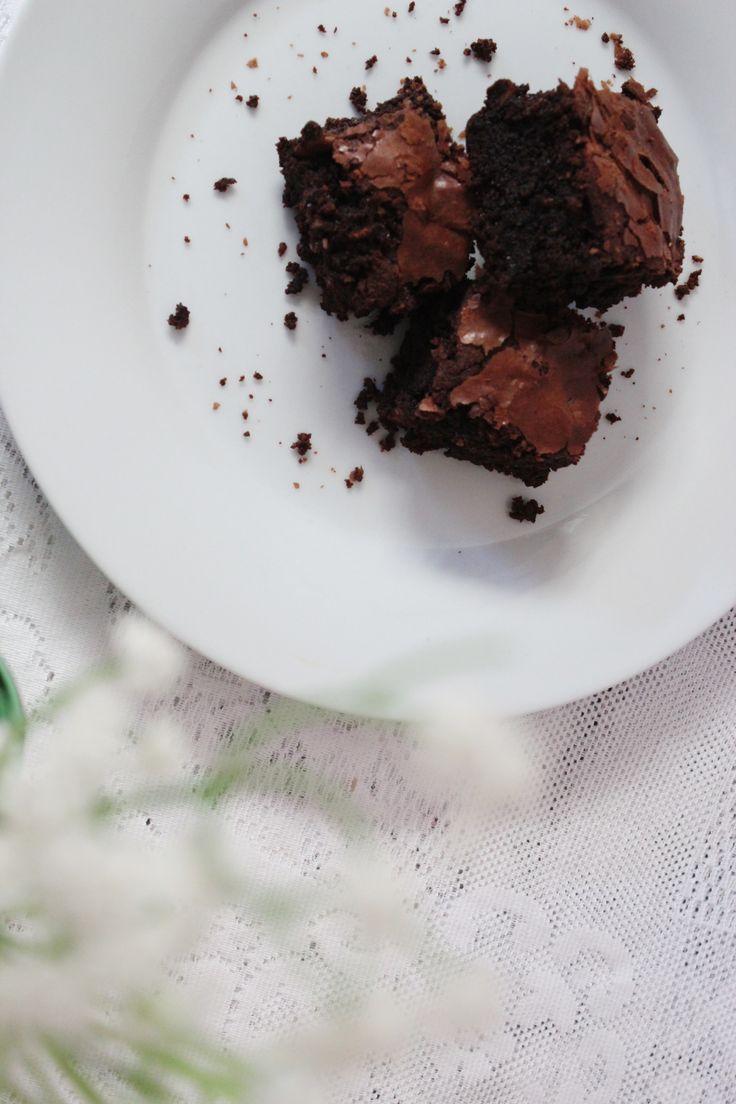 brownie clássico - chocolate amargo e nozes