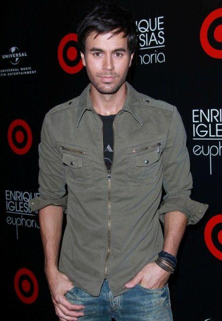 Hottie of the Day - Enrique Iglesias