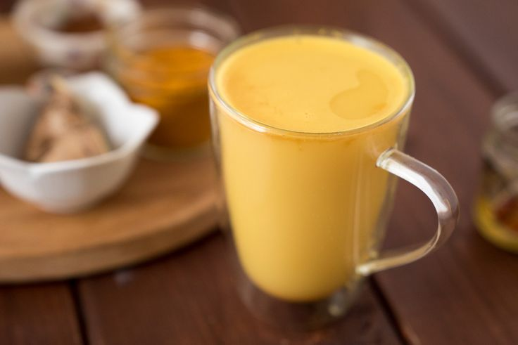 I hope you had a chance to try my Iced Turmeric Ginger Latte. I sipped on it all summer long, even when I was in Austria!! Luckily, I managed to find a hea