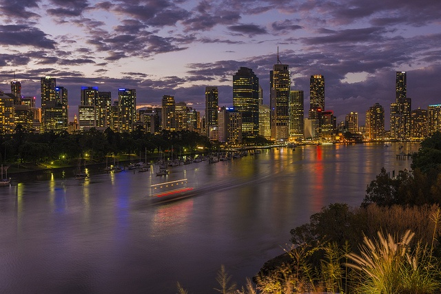Brisbane by Keith McInnes Photography, via Flickr