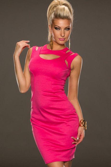 rochie Fantastic Pink http://ttap.co/1mzOUKV Cu rochita Fantastic nu poti avea o alta aparitie decat una fantastica. Rochie midi cu un design chic si sofisticat, ce se muleaza pe corp, punand in valoarea formele perfecte ale trupului. Fiind croita din material moale, acesta ofera confort, fiind ideala pentru a fi purtata intreaga seara.  Disponibila pe roz si negru!