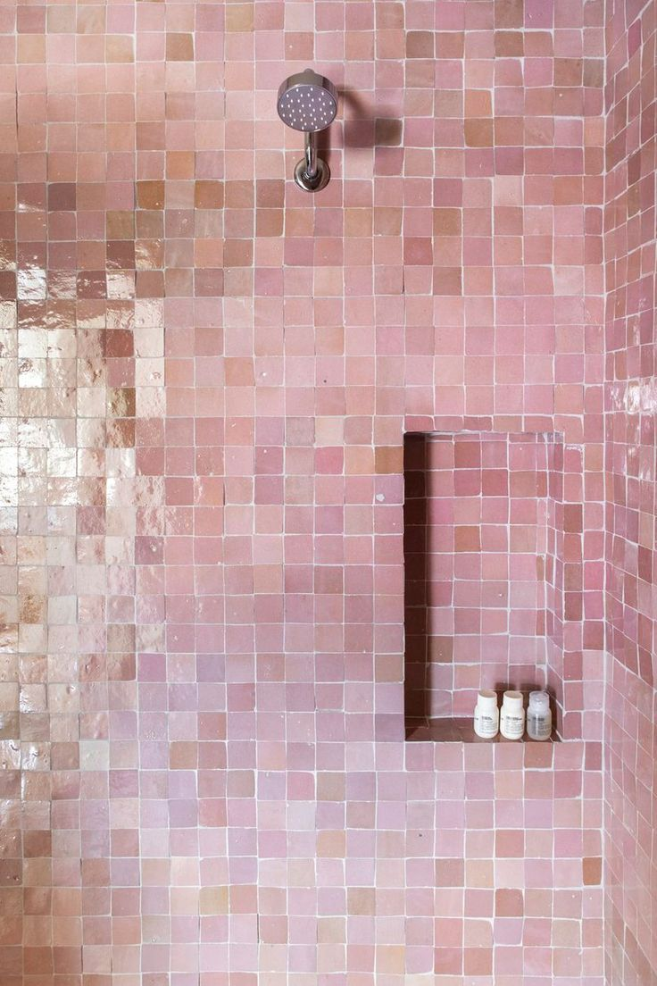 The Bathroom Design Trend That S Totally Taken Over The Internet Eclectic Bathroom Bathroom