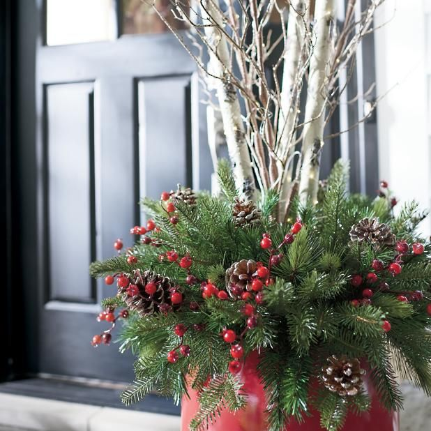 Glenwood Cordless Urn Filler Grandin Road Christmas Urns Outdoor Christmas Outdoor Christmas Planters
