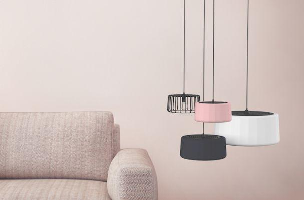 """Das junge Münchner Label Balada & Co. begeistert mit seiner neuen Leuchtenkollektion """"Vintage Pendants"""", deren Lampenschirme aus mattem Krepp-Gewebe bestehen. (Foto: Balada & Co.)"""
