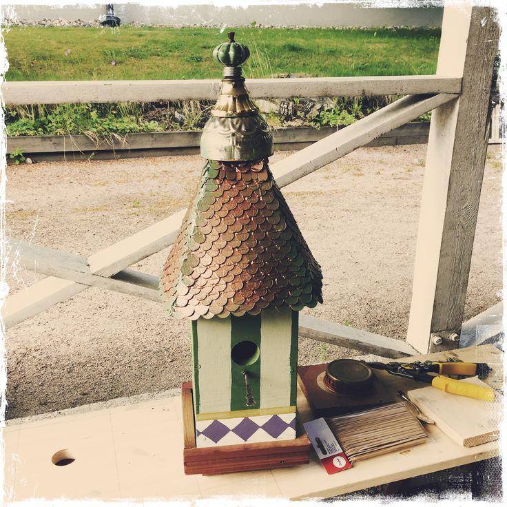 Birdhouse almost done DIY