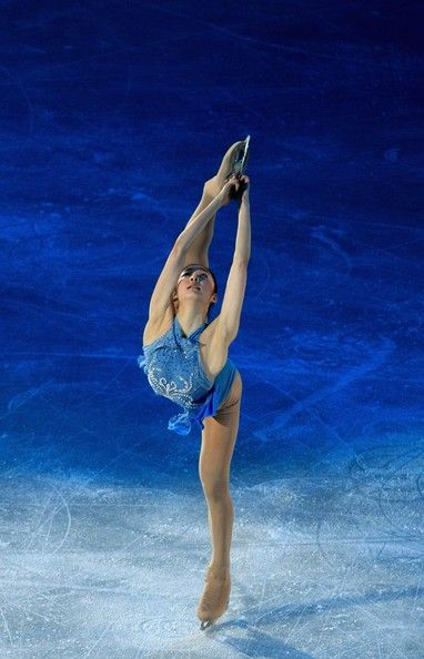 Yu-Na Kim-- 1st female skater to win Olympic Games, World Championships,  Four Continents Championships & the Grand Prix Final