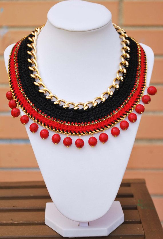 Red Crochet necklace gold chain necklace with beads by kolibry, €25.00
