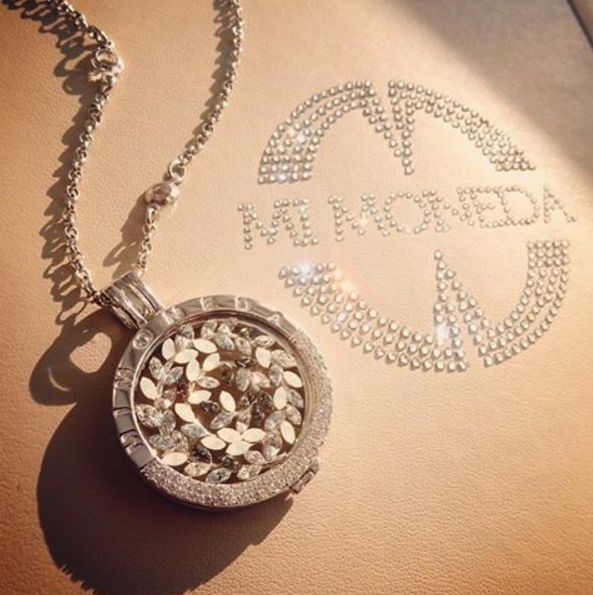 Do more of what makes you sparkle✨ #mimoneda #interchangeable #jewelry #jewellery #jotd #necklace #sparkle #shine #glam