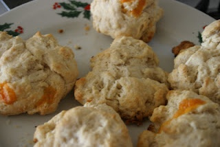 yummy cheese hillbilly biscuits