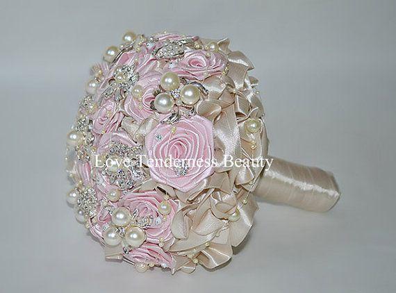 Spilla Bouquet Blush rosa Bouquet Bouquet Champagne di LoveBouquet