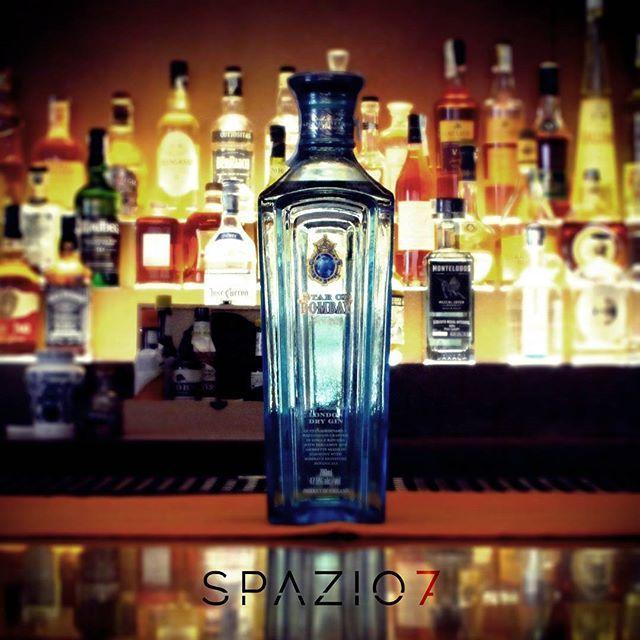 **Bottle in Space7** nuovo arrivo SPAZIO7 ●Star of BOMBAY London Dry Gin Nuovo…