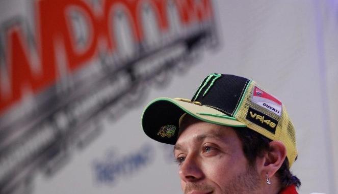 Rossi Bantah Rumor Balik ke Honda