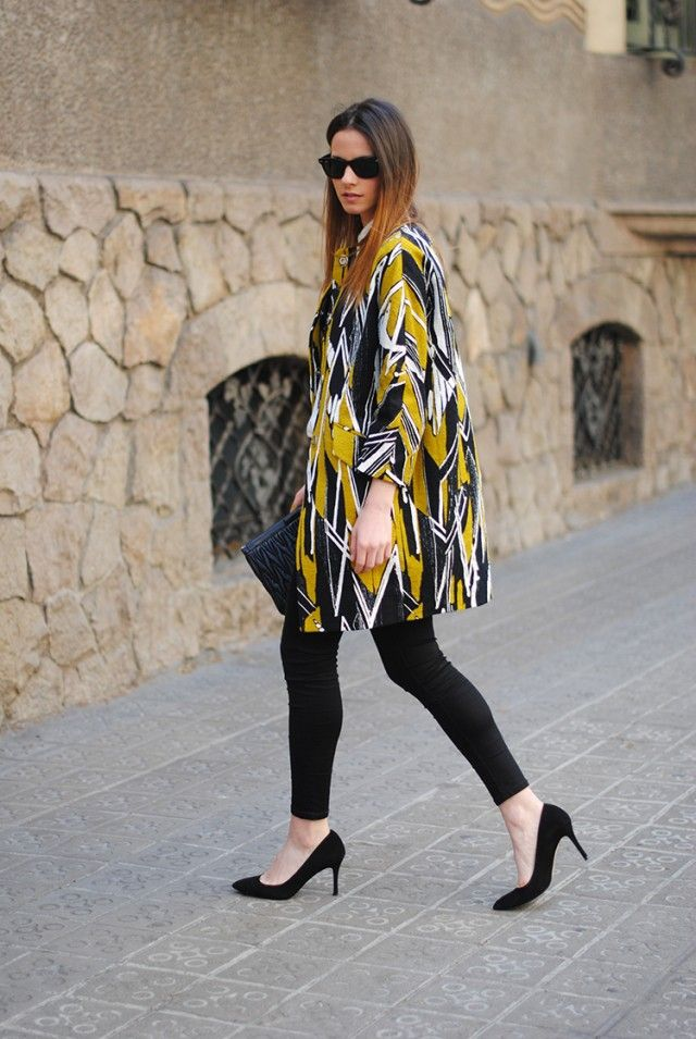 black skinny jeans, pointed suede heels, bimba y lola coat, spring collection, barcelona, spain, street style.
