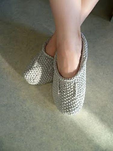 Ravelry: Neulotut Tossut slippers FREE knitting pattern by Lea Petäjä