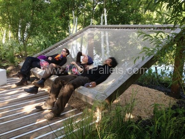 Les Jardiniers Nomades 2 600x450 Pallet nature installation in outdoor project Garden