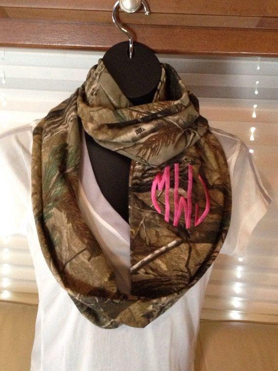 Camo scarf !! So cute I want