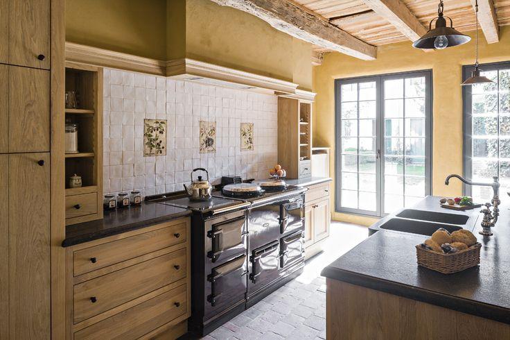 25 beste idee n over eiken keukens op pinterest lichte eiken kasten houten kasten en - Meubilair outdoor houten keuken ...