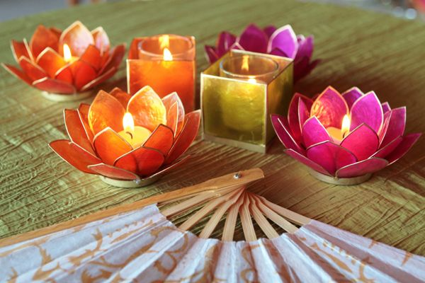 I  these votives! I can find something similar from one of my suppliers! Wedding Favors and Decor from Luna Bazaar