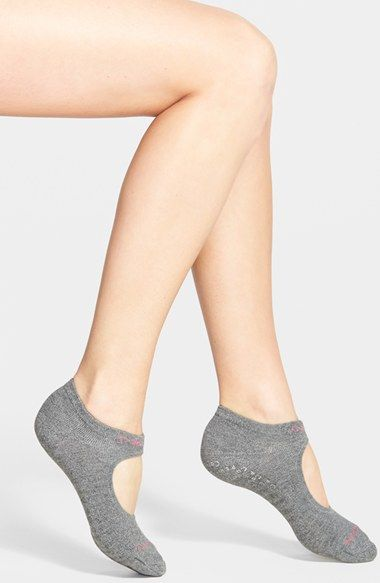 Free shipping and returns on Calvin Klein Pilates Liner Socks (Online Only) at Nordstrom.com. Strengthen your Pilates practice in liner socks featuring silicone gripper soles that create a confident, nonslip fit on the studio floor. Spun from a cushiony combed-cotton blend with moisture-wicking and odor-battling properties, they're styled with ankle bands to ensure a secure fit.