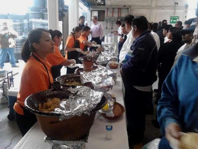 SABROSA TAQUIZA DE GUISADOS.  A sus ordenes delicioso servicio de taquiza de guisados con Banquetes Shell´s encontrara un extenso ...  http://alvaro-obregon.evisos.com.mx/taquizas-o-parrilladas-a-domicilio-2-id-474779