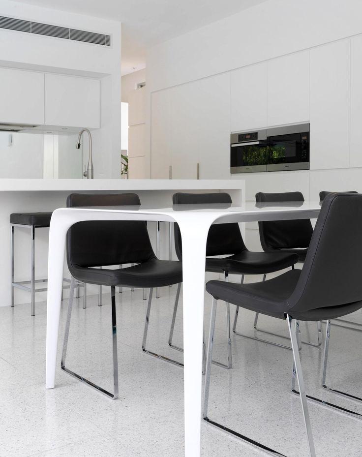 Kitchen Interior Design by MR. MITCHELL