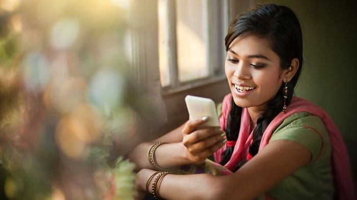 The Hike Growth Story: Going Local All the Way: With lots of local features that appeal to the Indian mobile market, Hike Messenger is a good example of how going local helps you grow. #moravia #blog #localization #local #business #mobile #market #india