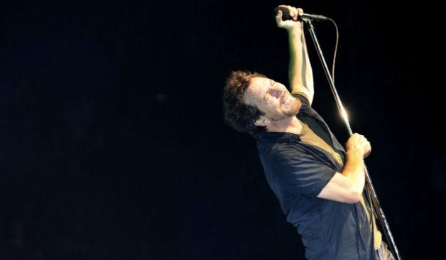 """Pearl Jam tocó un fragmento de """"A Sort Of Homecoming"""" de U2"""