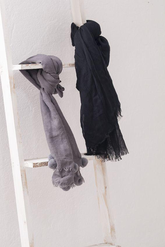 Bufandas y foulares de muy mucho #bufanda #foular #accesorios #moda