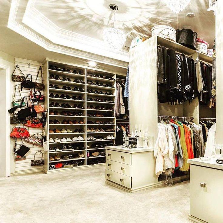 ✦⊱ɛʂɬཞɛƖƖą⊰✦ · Dressing Room ClosetHuge ...