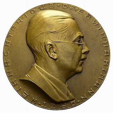 Hartmann, Erwin (1909), doctor, collector of ancient coins; medal by L. Hujer (see also Koch NZ 1971, pl. 23, 11)