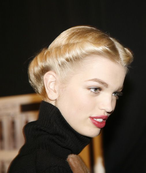See this image on www.helenoppenheim.co,: ON A ROLL, 40s-inspired  hair by Orlando Pita for Moroccanoil, makeup by Diane Kendal @ Carolina Herrera Fall 2013 NY Fashion Week show.  Photo: Helen Oppenheim