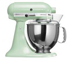 """Robot KitchenAid Artisan vert pale """"macaron pistache"""" Idée cadeau fête des mères style vintage sur francisbatt.com #fetedesmeres #vintage #retro #francisbatt"""
