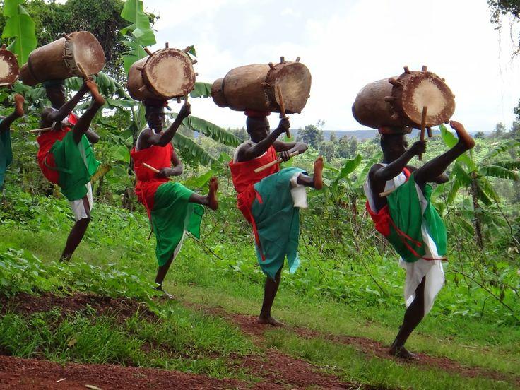 Burundi Drum's dancers