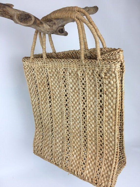 c5316da1f4 Vintage Straw Bag