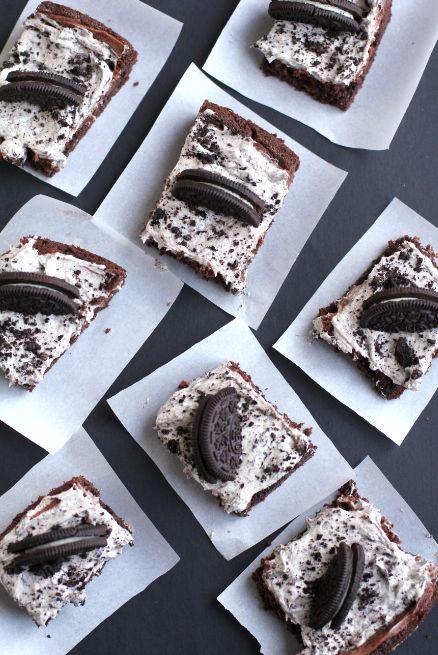 Υπέροχο γλυκό σοκολάτας ψυγείου με oreo με 3 κινήσεις σε 15΄