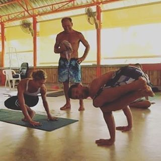 Tuesday 04.10.16 #training schedule #bodymovearts 😊 09:00 #privatetraining & #massage 17:15 #rocketyoga 2 modified #its #yoga #system 18:45 #ballet #pilates 20:00 #hiit #fit Weekly #balanced #health #fitness method todays emphasis #back #core #booty...