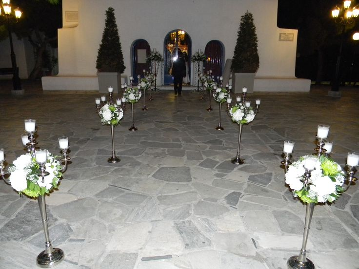 Ανθοστολισμός γάμου - βάφτισης στον Αγ.Γεώργιο στο Καβούρι #lesfleuristes #λουλούδια #ανθοσύνθεση #ανθοπωλείο #γλυφάδα #γάμος #βάφτιση #νύφη #δεξίωση