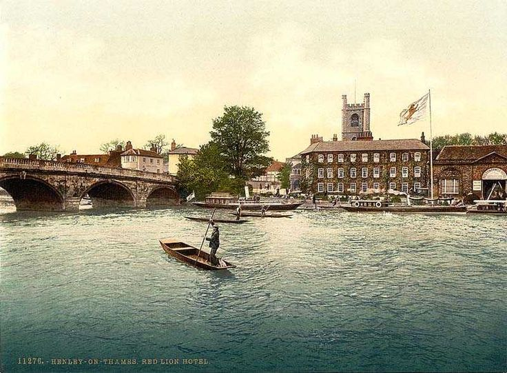Oxfordshire, Henley on Thames, Red Lion Hotel