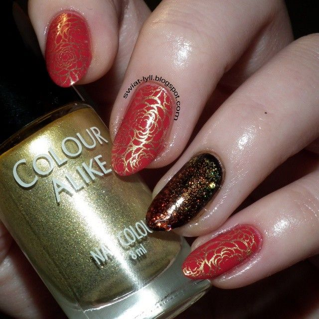 "Colour Alike & @b.lovesplates ""B. a Golden Queen"" #manicure #paznokcie #floral #gold #red #rednails #roses #nailart #naildesign #stamping #nailstamping #nail #nailpolishholic #nailstagram #naillove #nailphoto #nailmaniac #nailfie #nailinstagram #nailblogger #naildesigns #instanails #inspiration #bblogger #photonails #stampingwithB #milosniczkipaznokci"