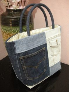 Love the patch work effect. BAG YOUR JEANS @ http://haveheartdaily.net/bag-your-jeans.html