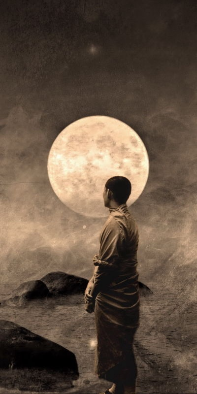 a crowd of stars lines up bright in the deep night.  lone lamp on the cliff,  the moon is not yet sunk,  full and bright without being ground or polished.  hanging in the black sky is my mind : han shan