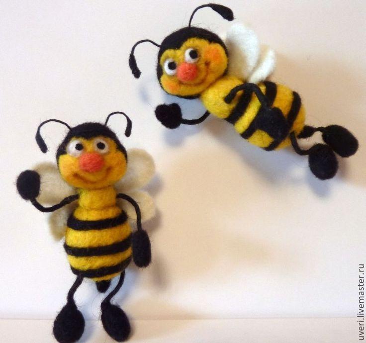 """Купить Брошь валяная"""" Пчелка"""" - Валяние, валяная игрушка, игрушка ручной работы, подарок, шерсть"""